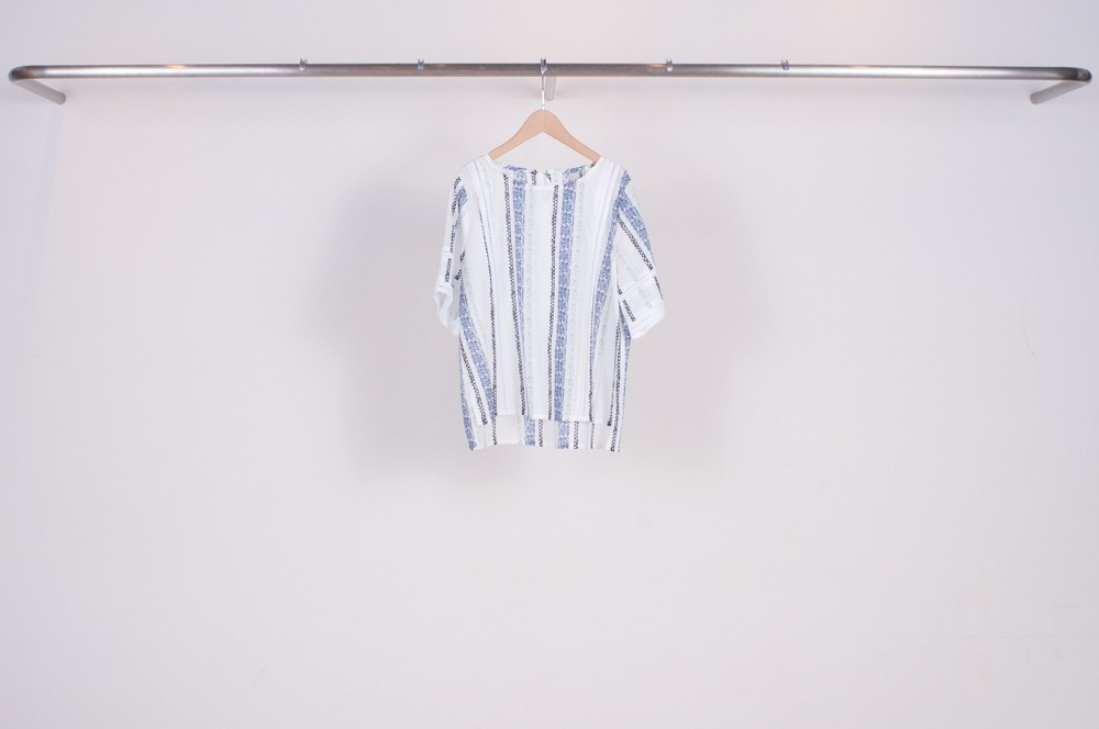 lace tape switching linen pullover blouse (original print)