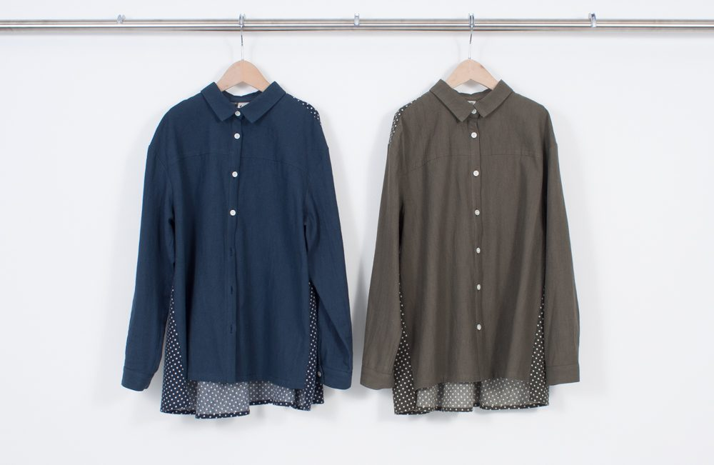 Back flare blouse (polka dots)