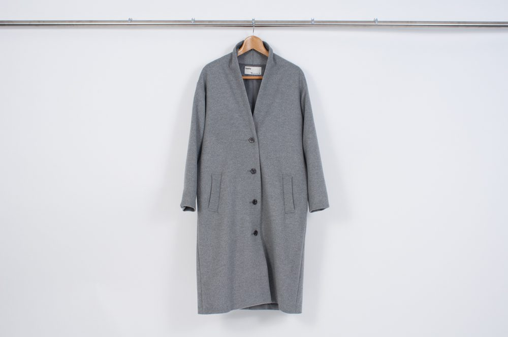 Gown coat (gray)